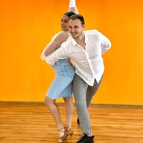 Salsa & Dansul Mirilor